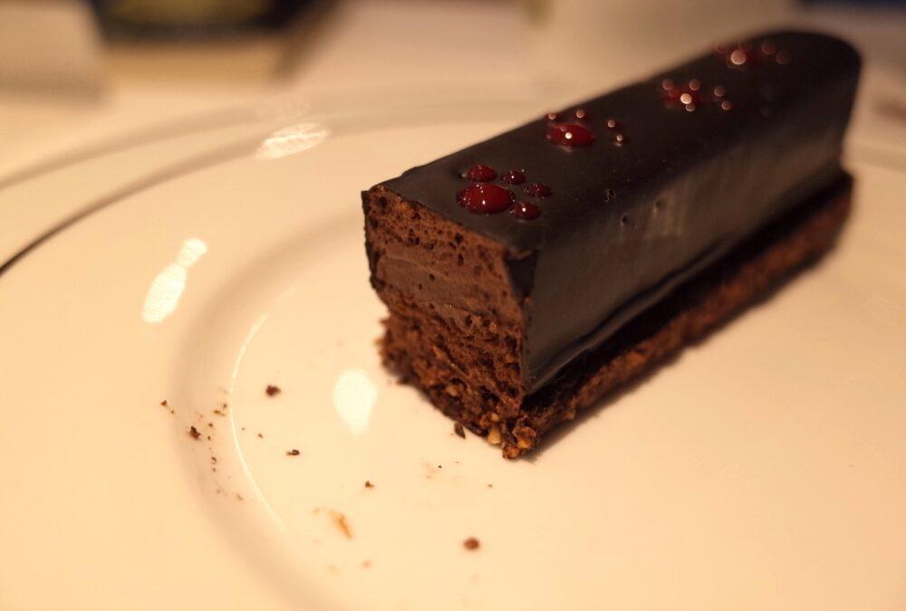 チョコケーキ断面
