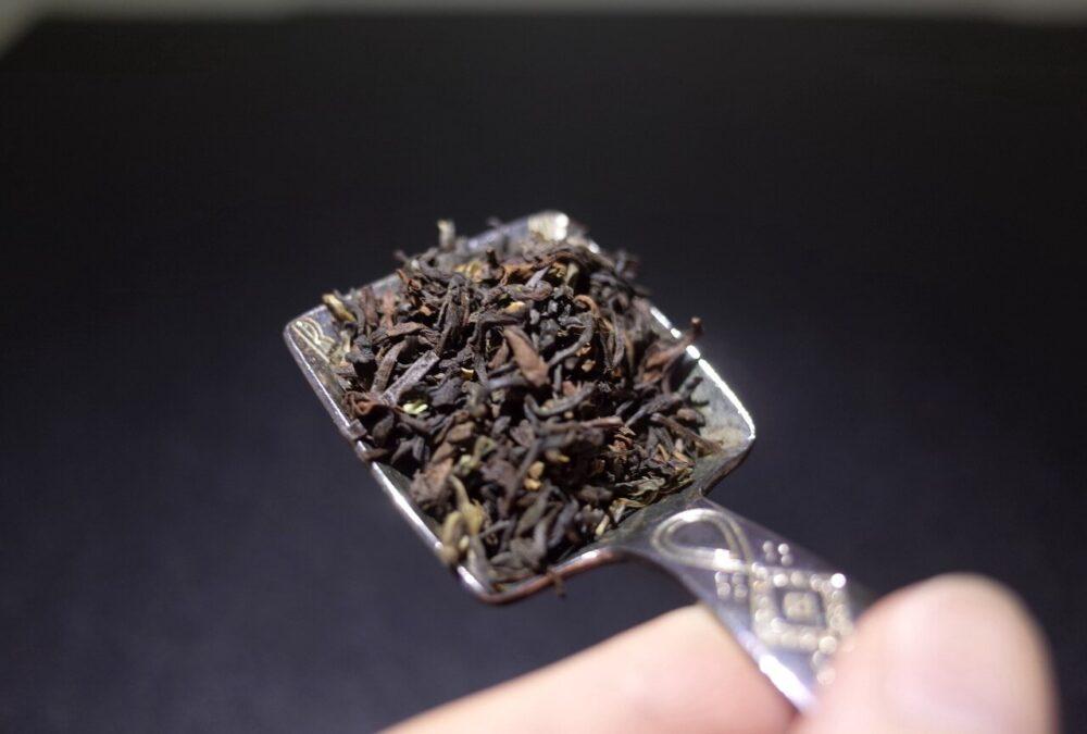 毎日ダージリンの茶葉